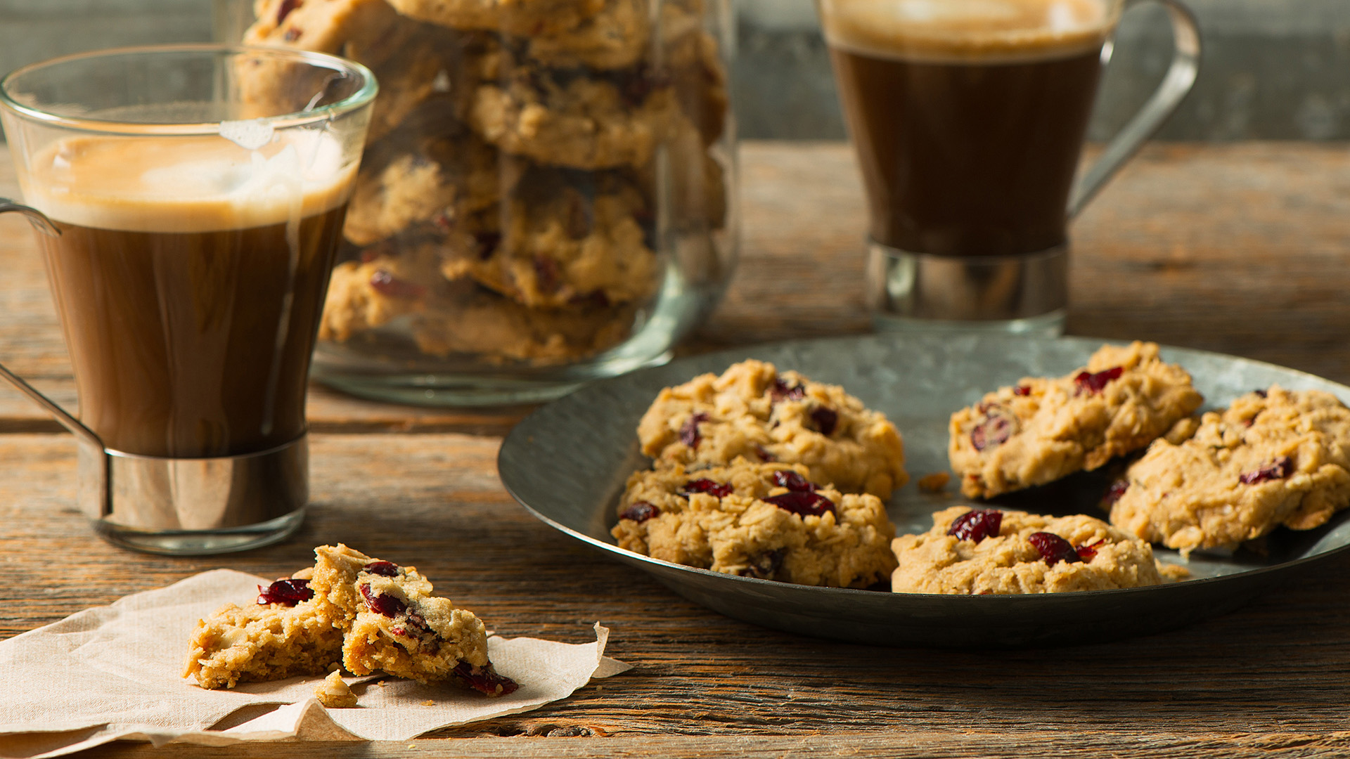 Header Bake Well Crispy Cranberry Oatmeal Cookies