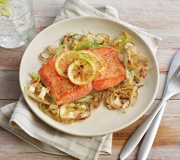 recipe image Oven-Roasted Salmon and Fennel