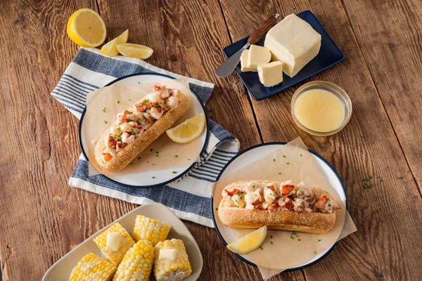 recipe image Buttery Lobster Rolls