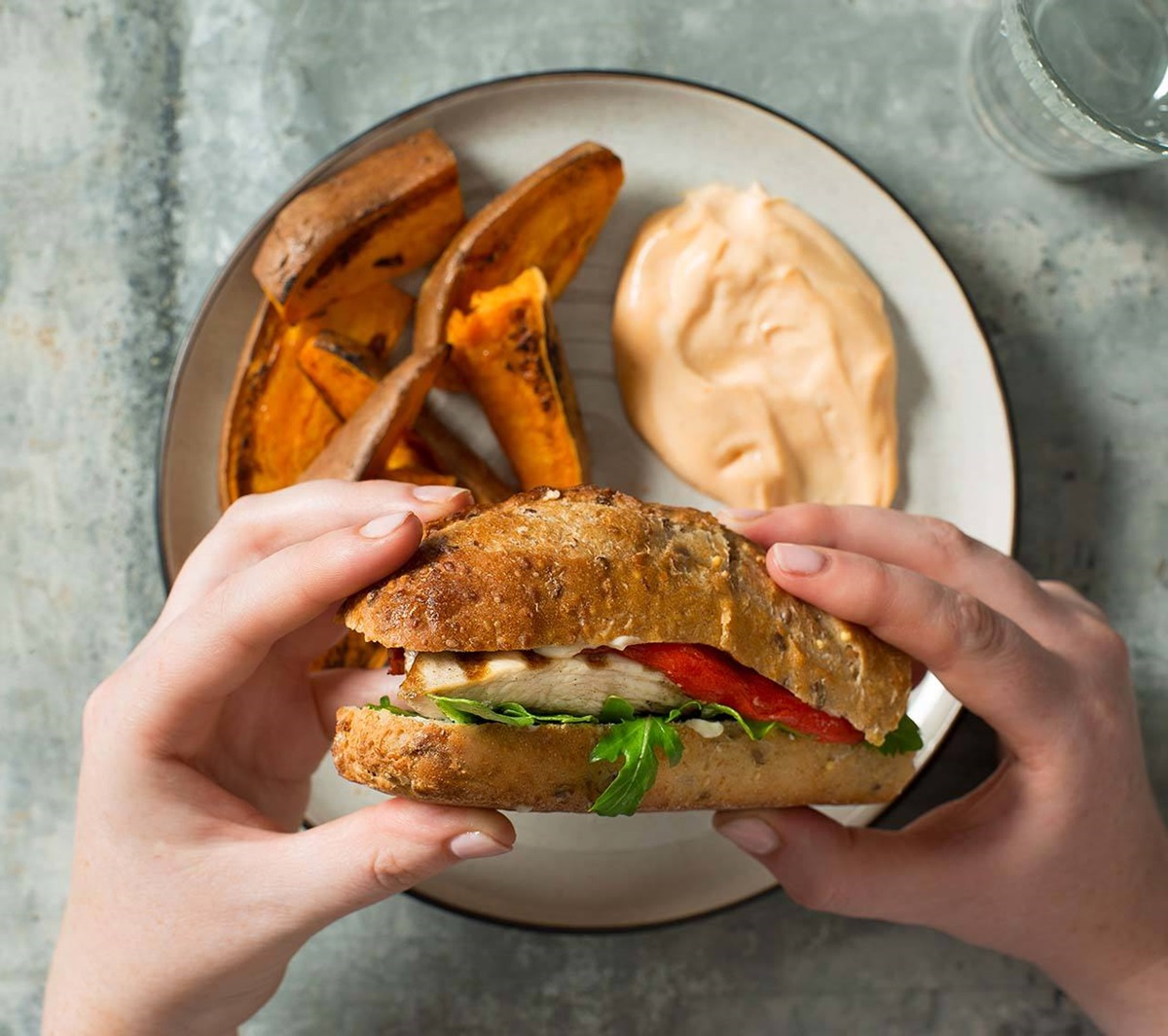 recipe image Grilled Chicken with Roasted Red Pepper and Arugula Sandwich