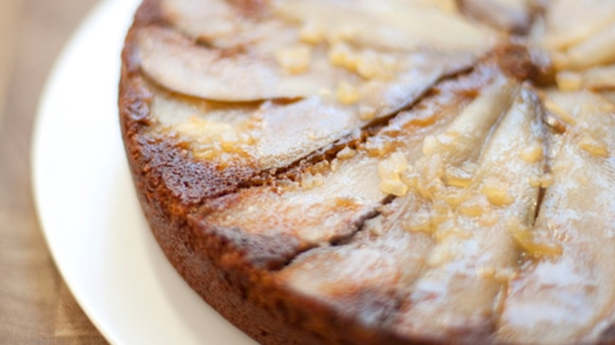 recipe image Pear-Ginger Upside Down Cake