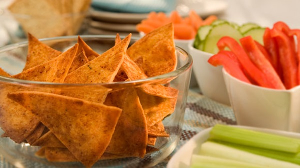 recipe image Baked Tortilla Chips with Chili Pepper Seasoning