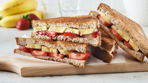 recipe image Breakfast Paninis with Banana & Berries