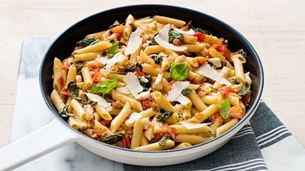 recipe image Spinach, Tomato and Feta Cheese Penne