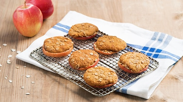 recipe image Baked Apple Cookies