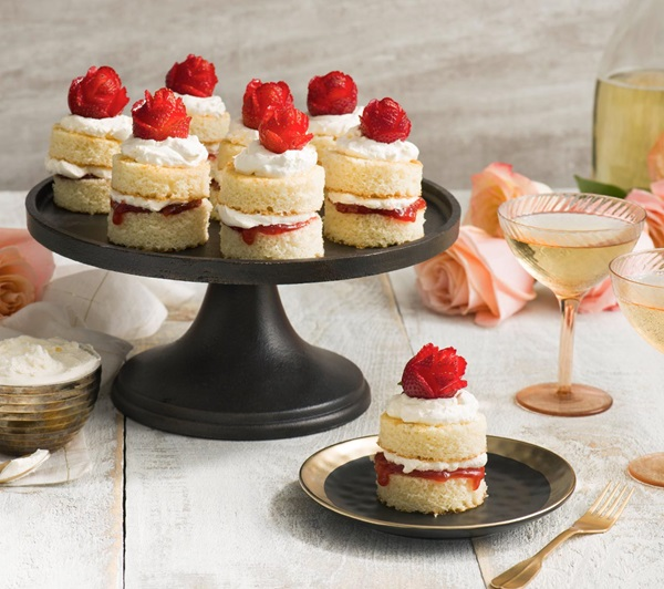 recipe image Mini Rose Strawberry Shortcakes