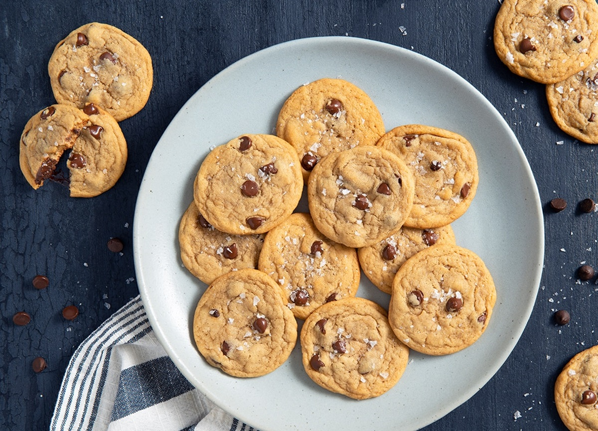 recipe image Soft and Chewy Chocolate Chip Cookies